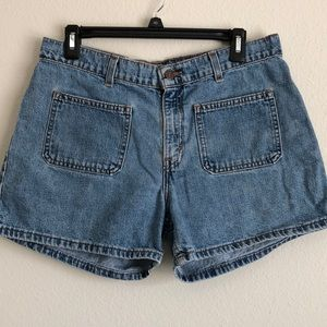 VINTAGE LEVIS DENIM  HI RISE MOM SHORTS 10 REG